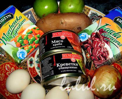 Фото рецепт салата с крабовым мясом и помидором