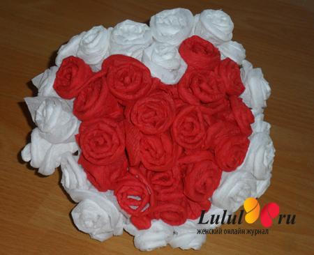Как сделать из салфеток розы