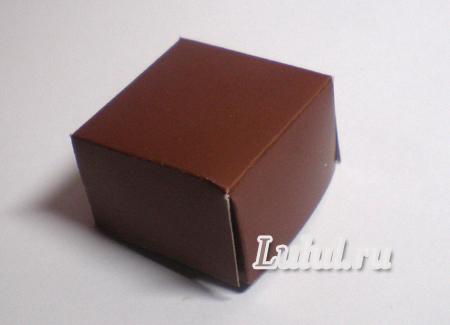 Как украсит коробочку для подарка 21
