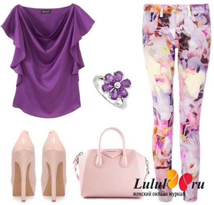 джинсы в цветочек сирень розовый