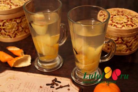 Пряный компот из мандаринов и яблок рецепт