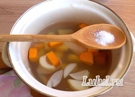 Детский тыквенный суп-пюре с курицей