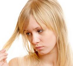 как избавиться от желтизны волос