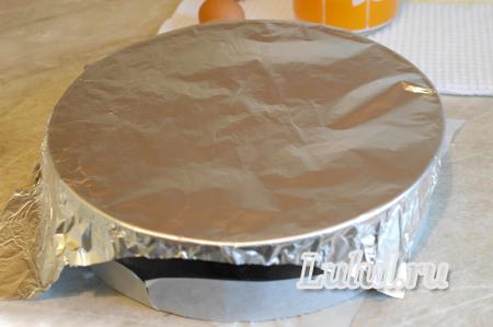 Шоколадный бисквит на кефире с заварным кремом рецепт с фото